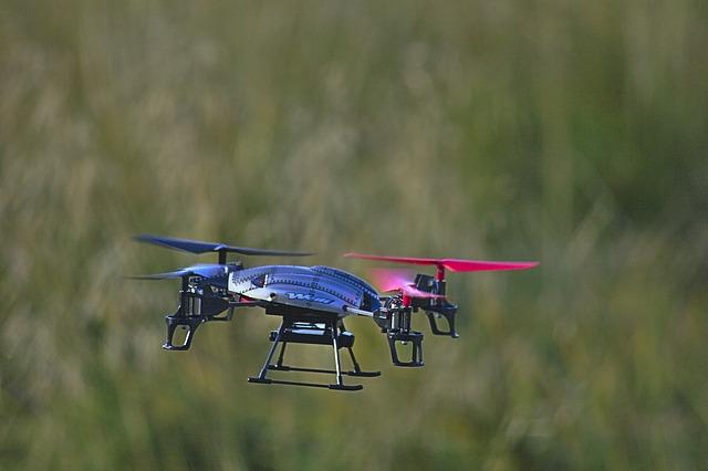 drone-491807_640